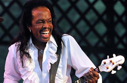 Earth Wind & Fire – 2011